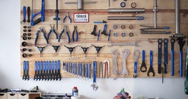 Standert coffee and bike shop in berlin atelier garage for Garage ad barlin