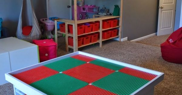 rangement lego le guide ultime 50 id es et astuces rangement lego lego et table ikea. Black Bedroom Furniture Sets. Home Design Ideas