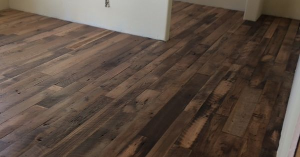 Pin By Kentucky Kreations Reclaimed Barn Wood Flooring