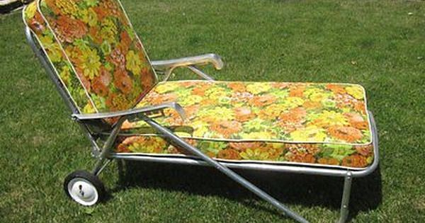 Vintage All Original 1950s Bunting Aluminum Chaise Lounge Patio