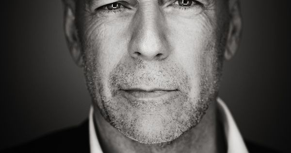 Bruce Willis, male actor, action hero, movie star, celeb, hottie, famous, portrait,