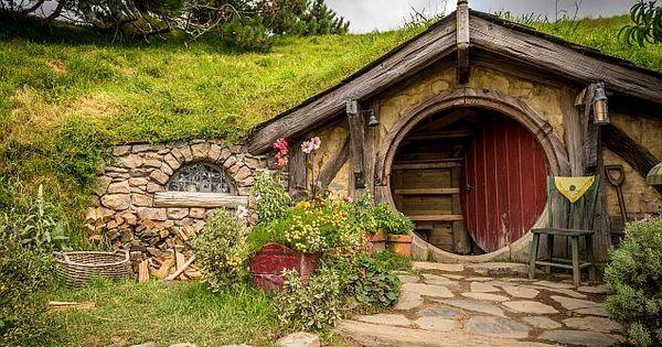 hobbiton in neuseeland. Black Bedroom Furniture Sets. Home Design Ideas