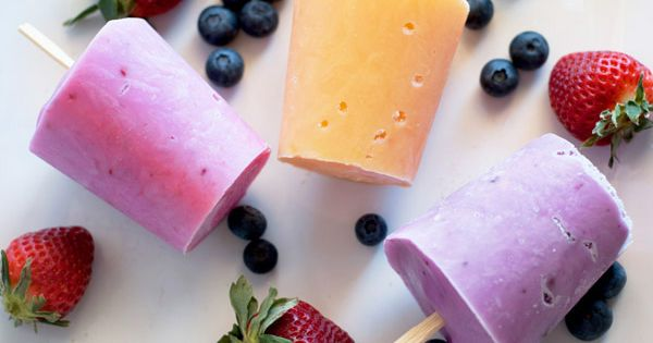 Very Berry Banana Fro Yo Shake Recipe — Dishmaps