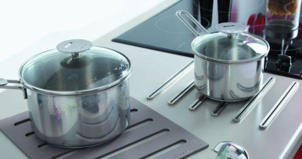 Repose casserole design dessous de plat 2 en 1 en silicone - Repose plat pour plan de travail ...