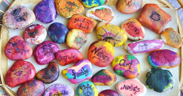 A Natural Nester: On Gratitude & Thankful Stones (+ a Giveaway!)