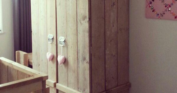 Kinderslaapkamer Kast : Kinderkast van steigerhout Thuis Pinterest Van