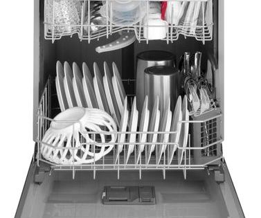 Ge Front Control Built In Dishwasher With 3rd Rack 50 Dba Stainless Steel Gdf630psmss Best Buy In 2020 Built In Dishwasher Stainless Steel Dishwasher Ge Dishwasher