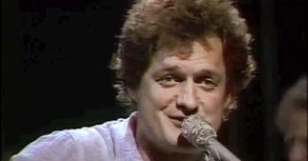 Harry Chapin Cats In The Cradle Live Oldies Music Music Memories Folk Song