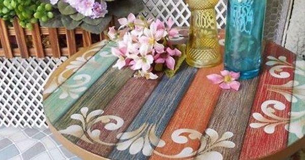 Ideas coloridas para decorar exteriores jard n mesas y for Ideas para decorar exteriores