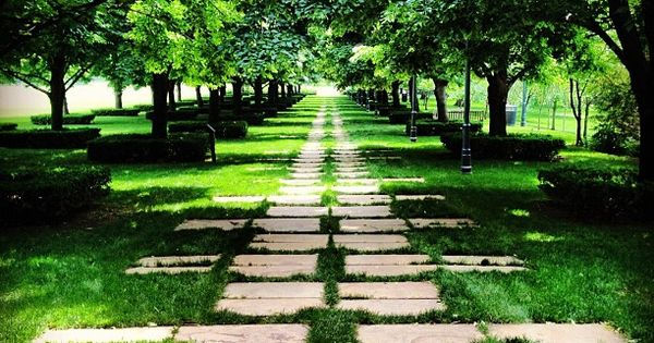 garden path - dan kiley