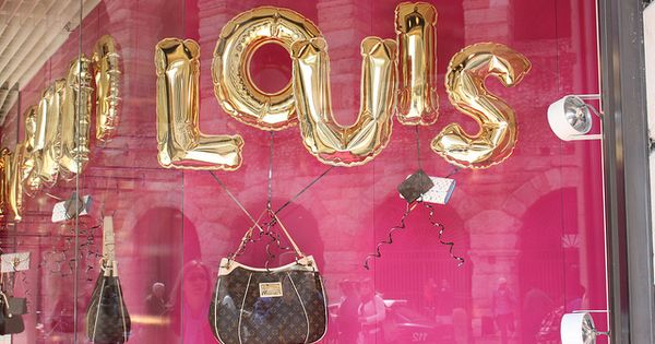 Louis Vuitton BAG!!