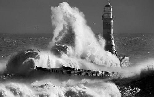 Roker lighthouse mono by jonboy247 on deviantART