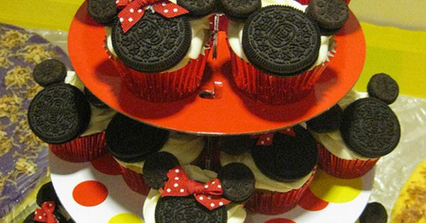 Disney Mickey Minnie Mouse Oreo Cupcake for a little girls birthday party
