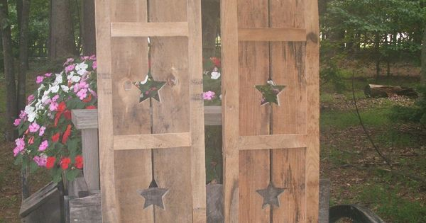 Primitive wood shutters crafts diy pinterest the old for How to make shutters from pallets