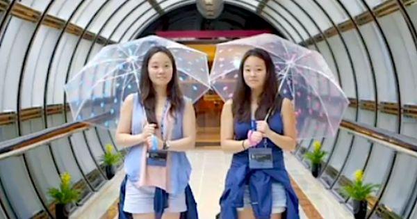 Twin Sisters A World Apart Watch Free Online Documentaries Ihavenotv Com