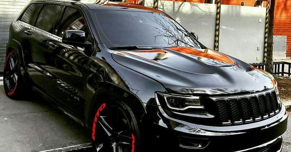 This Is One Awesome Jeep Cherokee Srt8 Vapor Edition