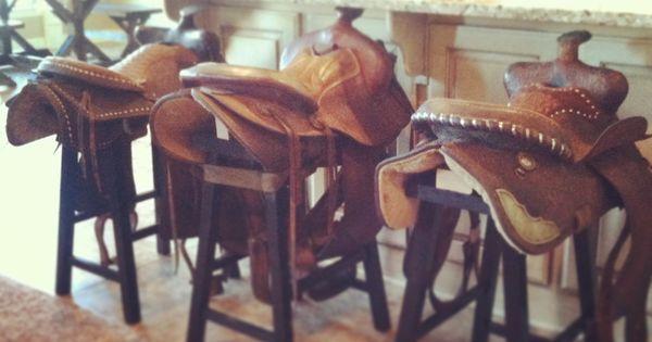 Diy Saddle Stools Cowgirlchic Diy Faves Pinterest