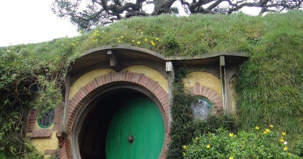 Round Door Hobbit And Hobbit Hole On Pinterest