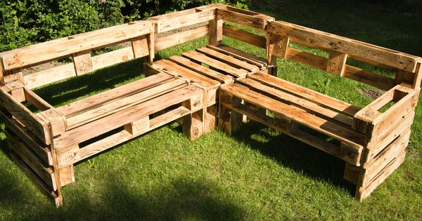 eckbank aus europaletten bench made from wooden pallets. Black Bedroom Furniture Sets. Home Design Ideas