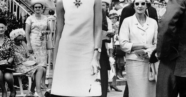 Jean Shrimpton Scandalized People As She Wore A Mini Dress