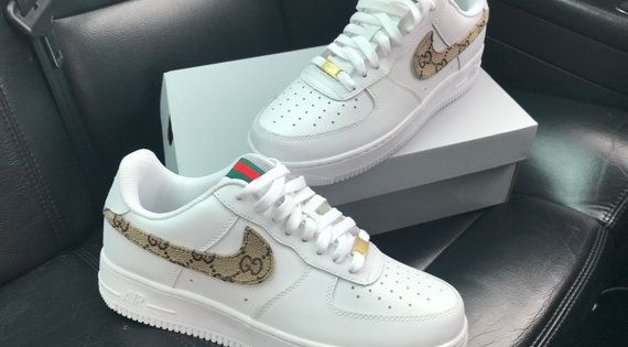 Hand geschilderd Custom Nikes, deze zijn verkrijgbaar in ...