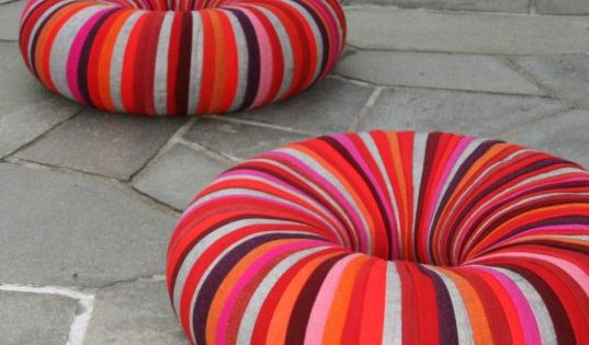 Great seating for a kid's room or playroom - inner tubes wrapped