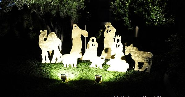 Love this DIY yard Christmas nativity set by All Things Thrifty on