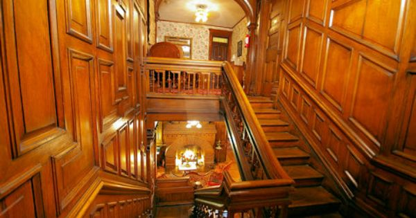 Bachelor 39 s wing staircase biltmore house nc pinterest for Is biltmore estate haunted