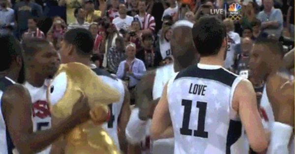 The World Needs More Videos Of Lebron Dancing Men Us Man Lebron