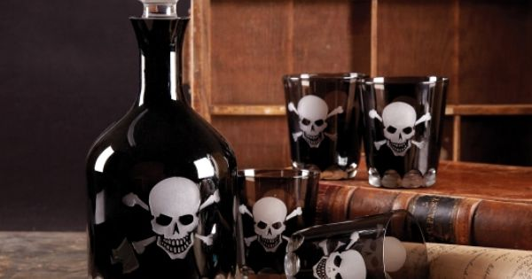 Skull + Crossbones Decanter and Tumblers skeleton drink alcohol