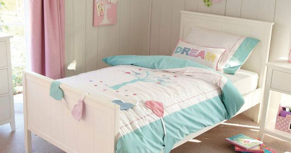Islander Bed This Lovely Furniture Can Be Adapted To Suit A Boy 39 S Or Girl 39 S Bedroom The
