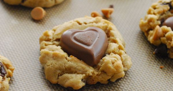 Chocolate Peanut Butter Heart Cookies for your valentine!