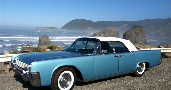 omg i 39 m in love 1961 lincoln continental convertible. Black Bedroom Furniture Sets. Home Design Ideas