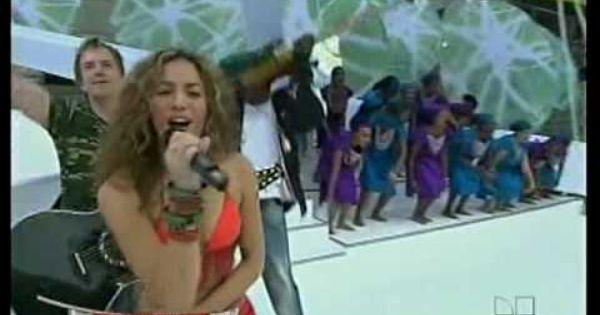 Shakira Hips Don T Lie Bamboo Live At Fifa 2006 World Cup Shakira Hips Shakira Hips Dont Lie Shakira