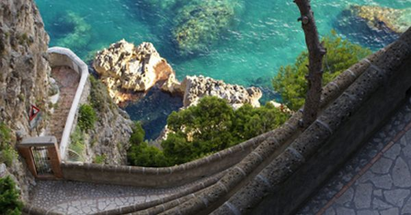 Via Krupp View - Capri, Italy -- photo: LaunaMc on Flickr
