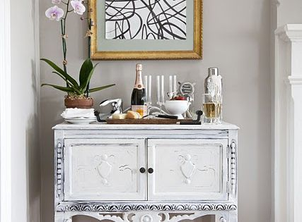 The elegant abode charming small foyer with gray walls for Small foyer cabinet