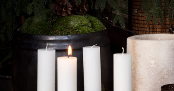Pine cone White candles