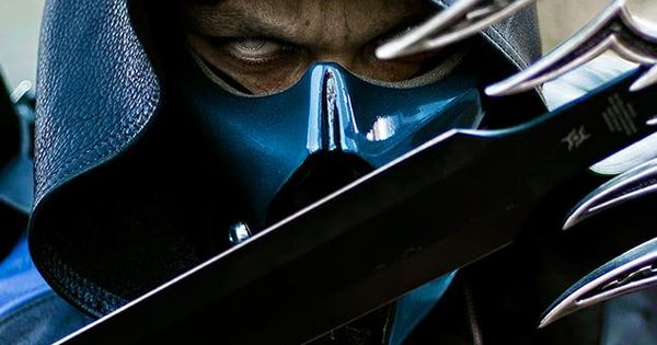 Amazing Sub Zero cosplay from Mortal Kombat. - 8 Sub Zero Cosplays