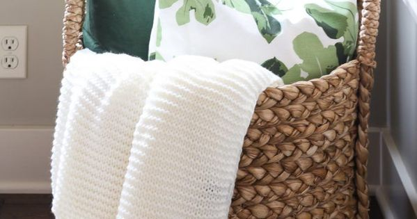 Pottery Barn Throw Pillow Green : Pottery Barn Beachcomber basket with chunky ivory throw, green velvet and fig leaf pillow. Great ...