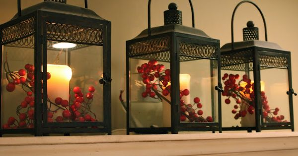 christmas decorations for a cape cod home | Christmas Home Tour 2010