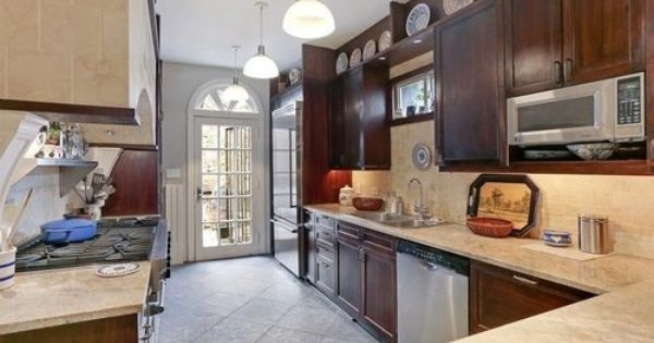 Rare And Mythical Cobble Hill Carriage House Asks 8m Home Simple House Brownstone Interiors