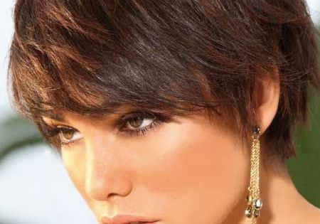 17 Effortless Chic Short Haircuts For Thick Hair Short Shaggy Hairstyles Shaggy Hairstyles