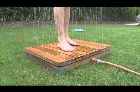 Die einzigartige gartendusche youtube swimming pools for Gartenteich aus reifen