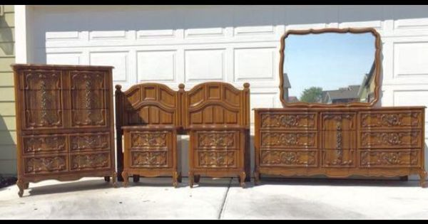 Bassett Queen Size Vintage Bedroom Set Http Www Ksl Com