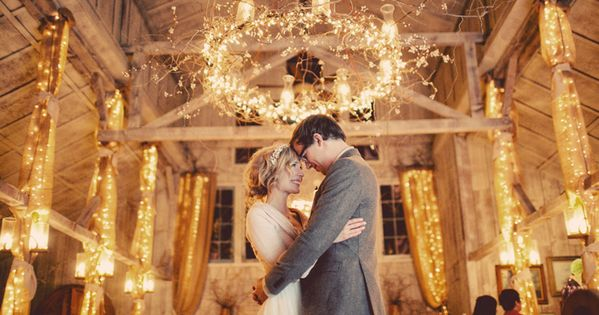 Amazing barn wedding lighting, beautifully lit walls and chandelier. Absolutely love this
