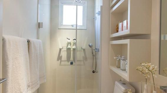 Petite salle de bain 34 photos id es inspirations - Petite etagere salle de bain ...