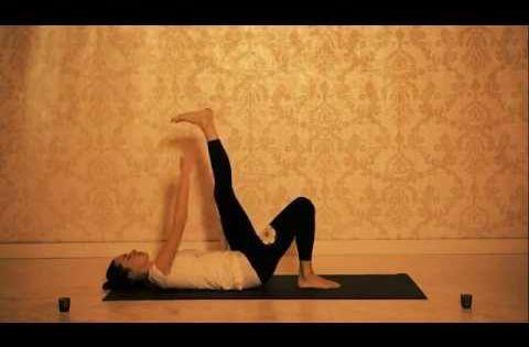 Jóga proti bolesti zad - BEDRA A KOSTRČ | cvičení ,joga ...