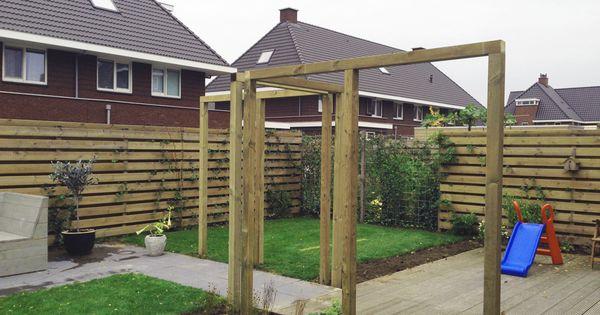 Moderne pergola van 9 x 9 cm geimpregneerde naaldhout palen balken van gadero hout hoogte 220 - Eigentijds pergola hout ...