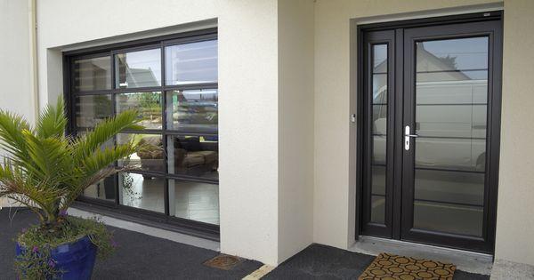 Vue de la porte d 39 entr e et de la baie vitr e id es pour la maison pi - Porte d entree maison ...