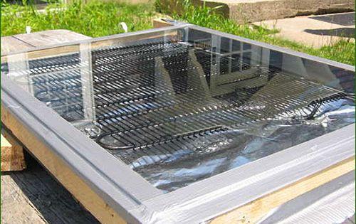 fabriquer un panneau solaire thermique pour moins de 5 euros energie pinterest euro. Black Bedroom Furniture Sets. Home Design Ideas